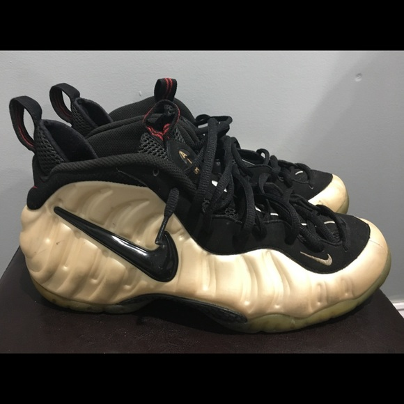 93f7818553b3 Men s Air Foamposite Pro Nike sneakers size 12